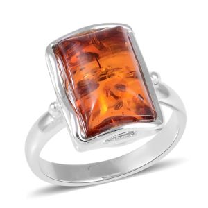 Amber Solitaire Ring in Sterling Silver 2 Grams