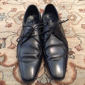 Pack oxfords with a suit