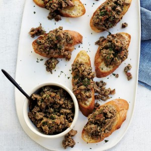Chopped Chicken Liver Crostini
