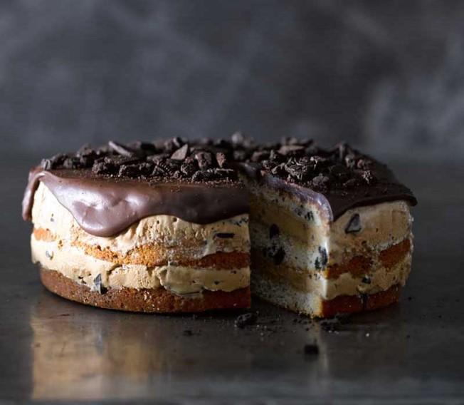 Cookies and Cream-Mocha Chip Ice Cream Cake