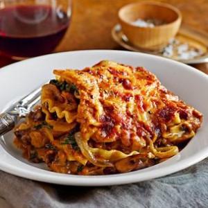 Slow-Cooker Vegetable and Pumpkin Lasagna