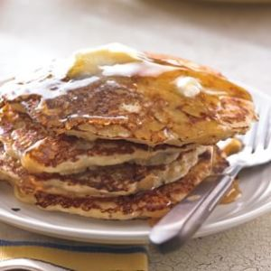 Bacon-and-Cheddar-Cornmeal-Johnnycakes