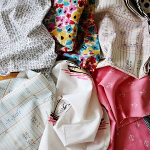 How to recycle old clothes? DIY