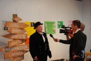 Herr Reckersdrees im Gespräch mit Herrn Kirst vom Landesinnungsverband