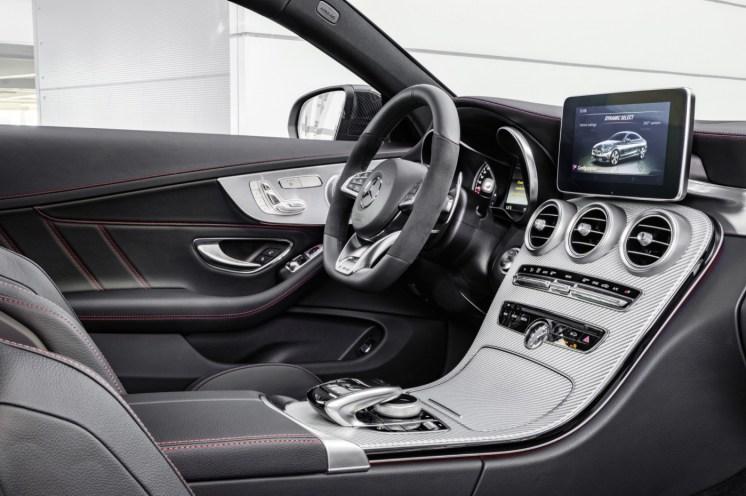 Mercedes-AMG C43 4Matic Coupé 13