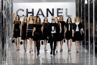 """© Prestel Verlag """"Chanel Catwalk"""" 2016 (A / W 2005-2006 Ready to wear)"""