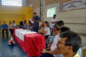 Prefeito Totó Ribeiro (PSDB) , abre o ano letivo na rede municipal.