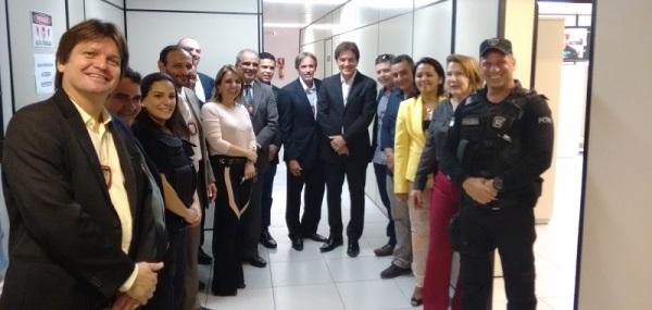Governador Robinson e cúpula da Segurança visitam complexo de Delegacias da Civil