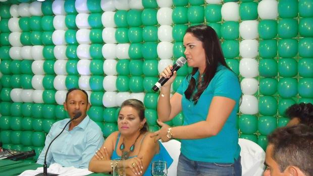 Prefeita de Riachuelo, Mara Cavalcanti prestigia convenção do PMDB