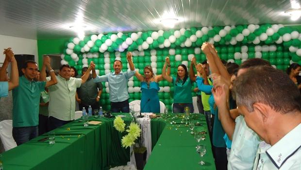 Convenção homologa candidaturas de Suely, bobo e 18 pré-candidatos da coligação em jardim de Angicos