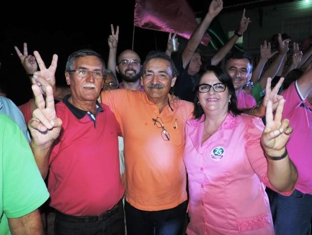 Deputado José Adécio com a prefeita Márcia e o ex-prefeito Dr.  Titi