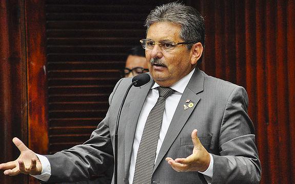 presidente da AL, Adriano Galdino (PSB)