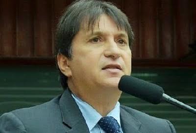 """Janduhy volta a acusar Gervásio Maia de perseguição e leva """"carão"""" de deputado"""