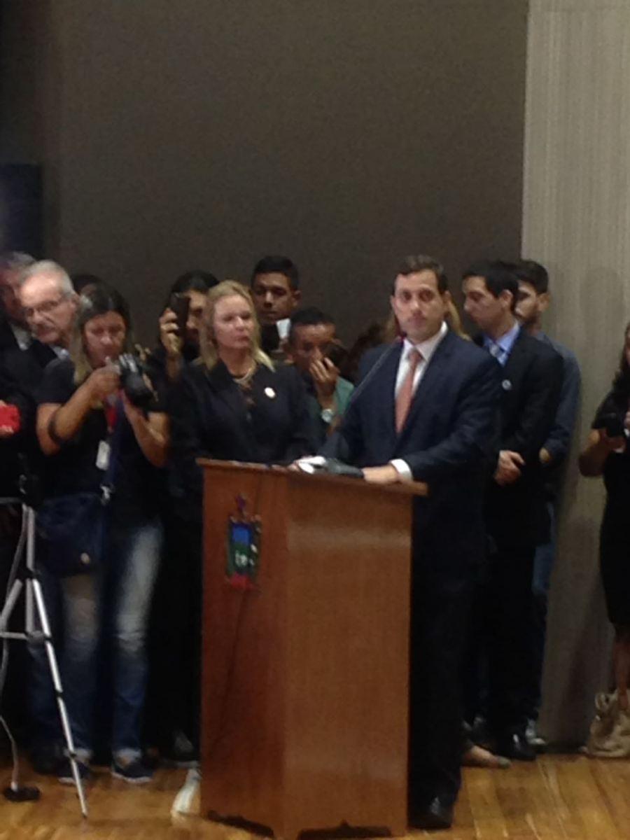 Gervásio Maia conclui equipe e contempla irmã de RC e Odon Bezerra; confira nomeações