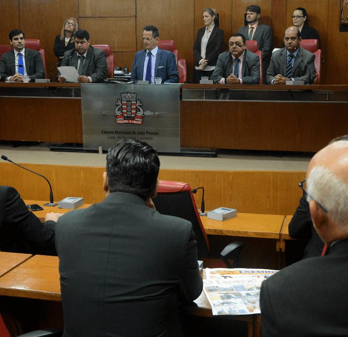 EXCLUSIVO: Governistas protocolam pedido de instalação de três CPI's na CMJP