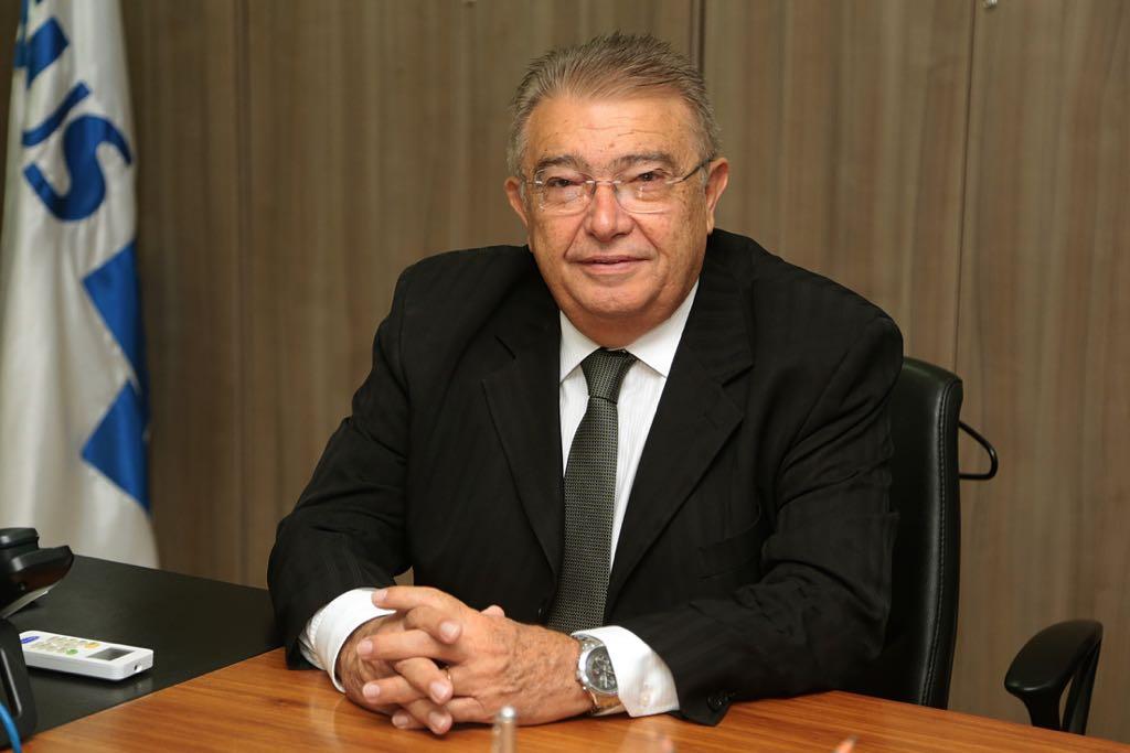 Projeto de Renato Gadelha impede apreensão de veículo com IPVA atrasado