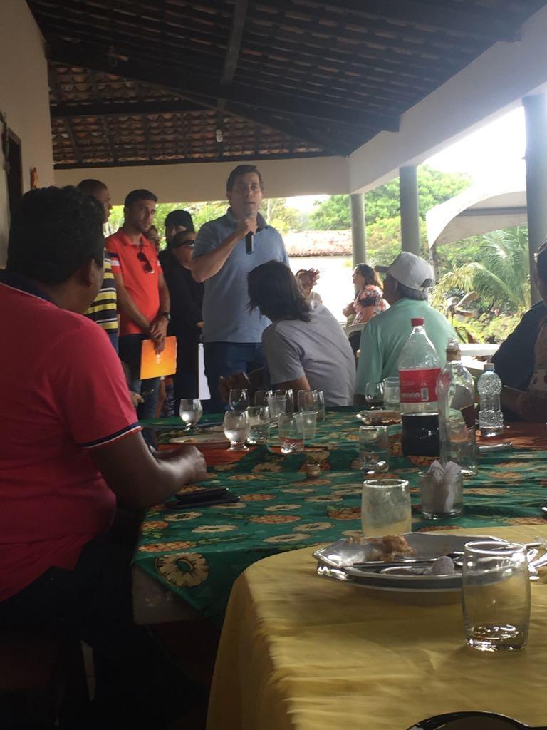 BASTIDORES: Gervásio Maia conquista apoio de importante prefeitura do Litoral Norte