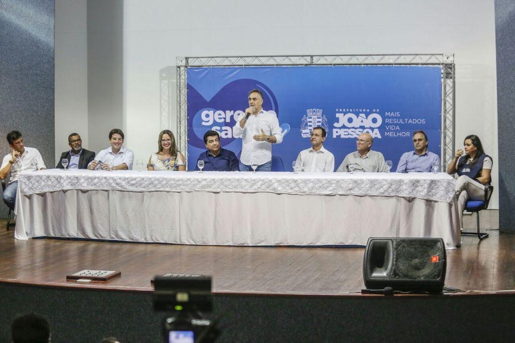 Cartaxo estabelece prazo para auxiliares que vão disputar eleições deixarem o governo