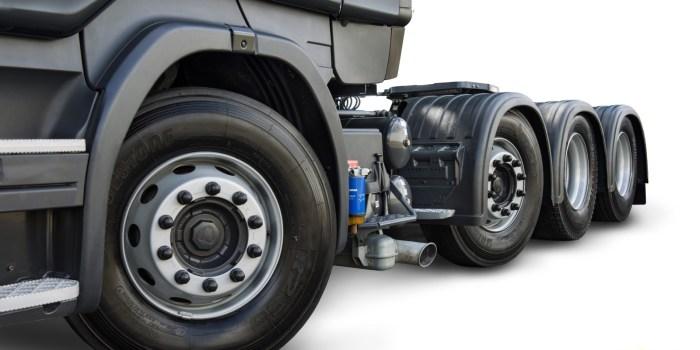 Scania R 440 8x2 de fabrica (5)