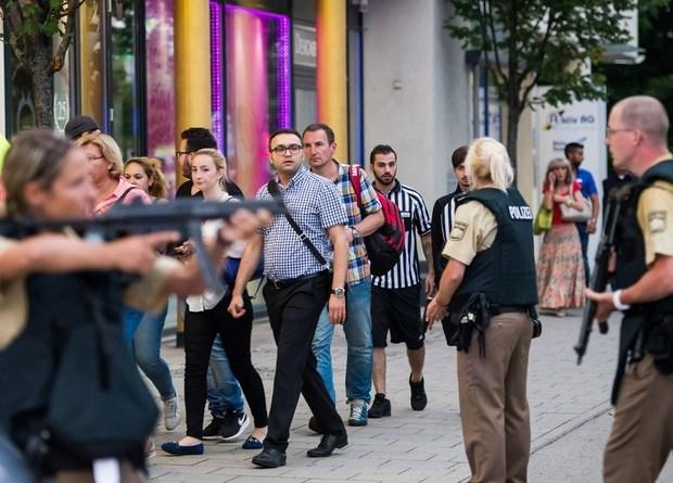 germany-shooting-mall_str_afp-2