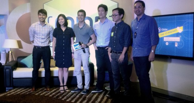 Globe VP for Product Management Pebbles Sy-Manalang (2nd from left) together with some of the Globe Innovation Month speakers, namely (from L-R):  ABS-CBN news reporter Atom Araullo; Play FM DJ Justin Quirino, ZAP co-founders Justin Lim and Terence Lok, and Core Platforms Director Francis Pugeda.