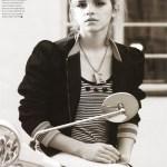Emma Watson Moto Sexy