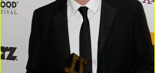 robert-pattinson-hollywood-film-festival-01