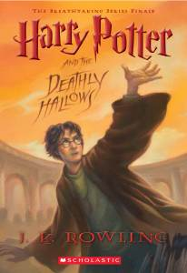 Paperback Harry Potter and the Deathly Hallows