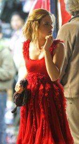 Emma Watson como Hermione Granger en el rodaje de escena boda Bill y Fleur