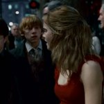 Harry-Potter-and-The-Deathly-Hallows-Cap--00202