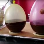 Zseniális! Így csinálhatsz csokitálacskákat gyerekpartira. Lufival! (videó)