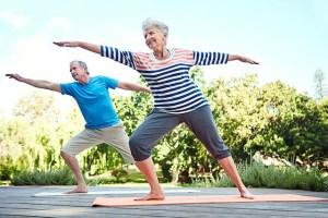 Mayores realizando actividad física