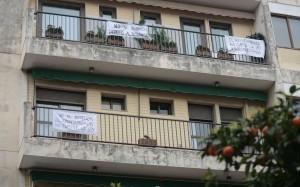 pancarta contra ek Botellón en San Isidoro
