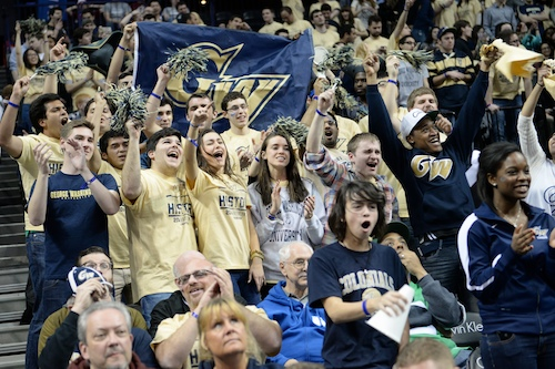 A raucous GW fan section cheered in the Barclays Center on Friday night. The Colonials drew nearly 2,000 fans to Brooklyn. Samuel Klein | Photo Editor