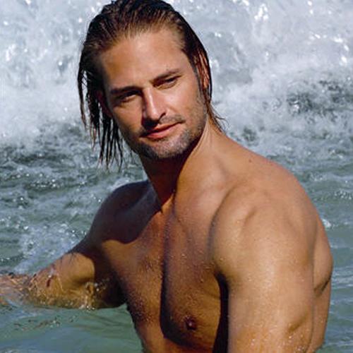Josh Holloway cuando era Sawyer en Lost
