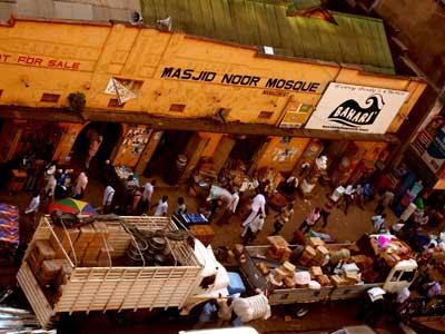 street-market-kampala