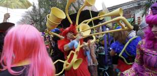 Images of Mardi Gras revelry