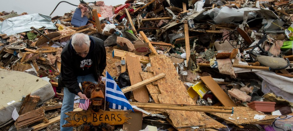 Bear Down Washington: Chicago Bears visit tornado zone