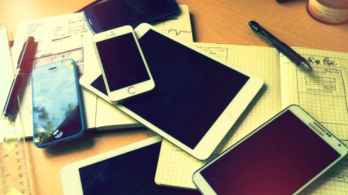 A big pile of mobile devices.