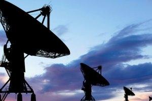 unini-satélites-internet