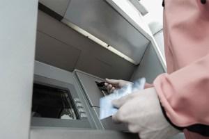 hackers-atacan-cajeros-automaticos