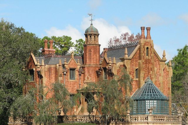 Photo:Haunted Mansion in Walt Disney World, Florida for Disneyland Secrets