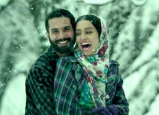 Shahid and Shraddha in Haider