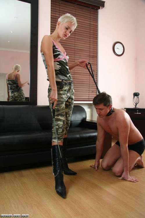 properly leashed male tumblr