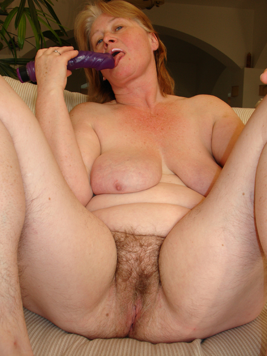 loose Nasty pussy hairy