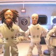 Le groupe Killswitch Engage a sortit un nouveau clip sur le titre «Save me» de l'album éponyme. Ce clip est très particulier puisqu'il est entièrement réalisé en claymotion et en...