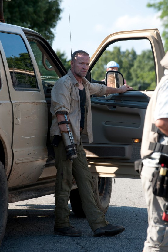 5-Walking-Dead-S3-TWD_GP_303_0607_0333