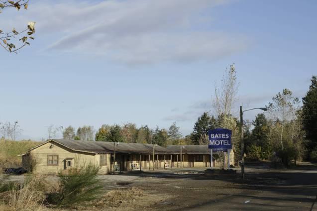 17-bates-motel-hires