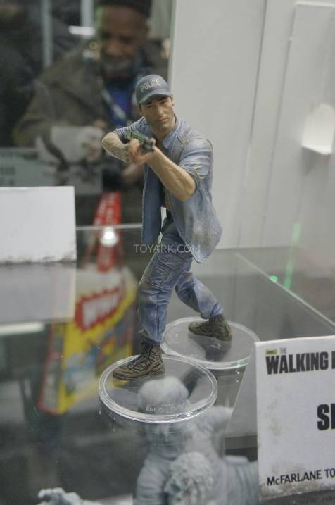 Toy-Fair-2014-McFarlane-Walking-Dead-036