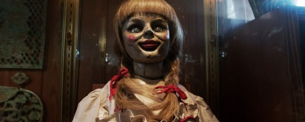 the-conjuring-annabell-the-doll-face-glass-case-726x2481